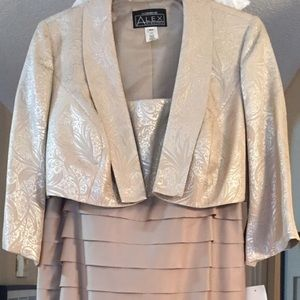 Women's Taupe Dressy MOB/Cocktail Dress NWT